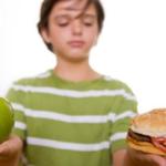 ¿Debo decirle a mi hijo(a) que tiene sobrepeso?